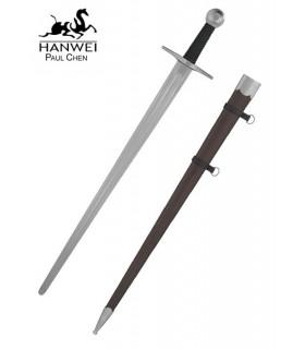 une épée médiévale fonctionnelle de la main