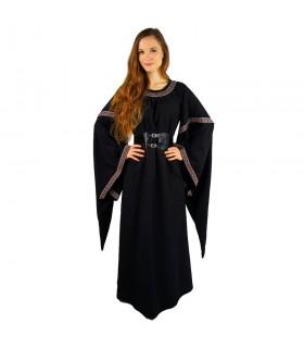 femme noire médiévale robe rouge