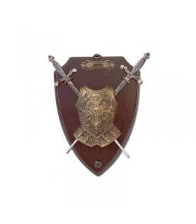 Panoplie avec des épées et des armures