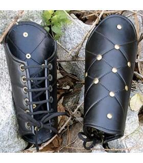Bracelets de cuir rivetée
