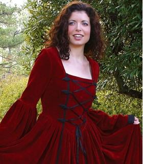 Robe Renaissance-Scarlett