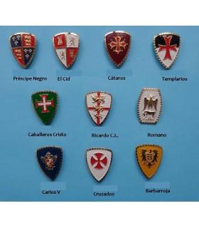 Aimant médiévale avec la Croix des Chevaliers du Christ, 5 cm