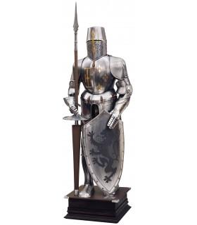 armure naturelle avec le bouclier et la lance