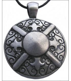 pendentif bouclier grec
